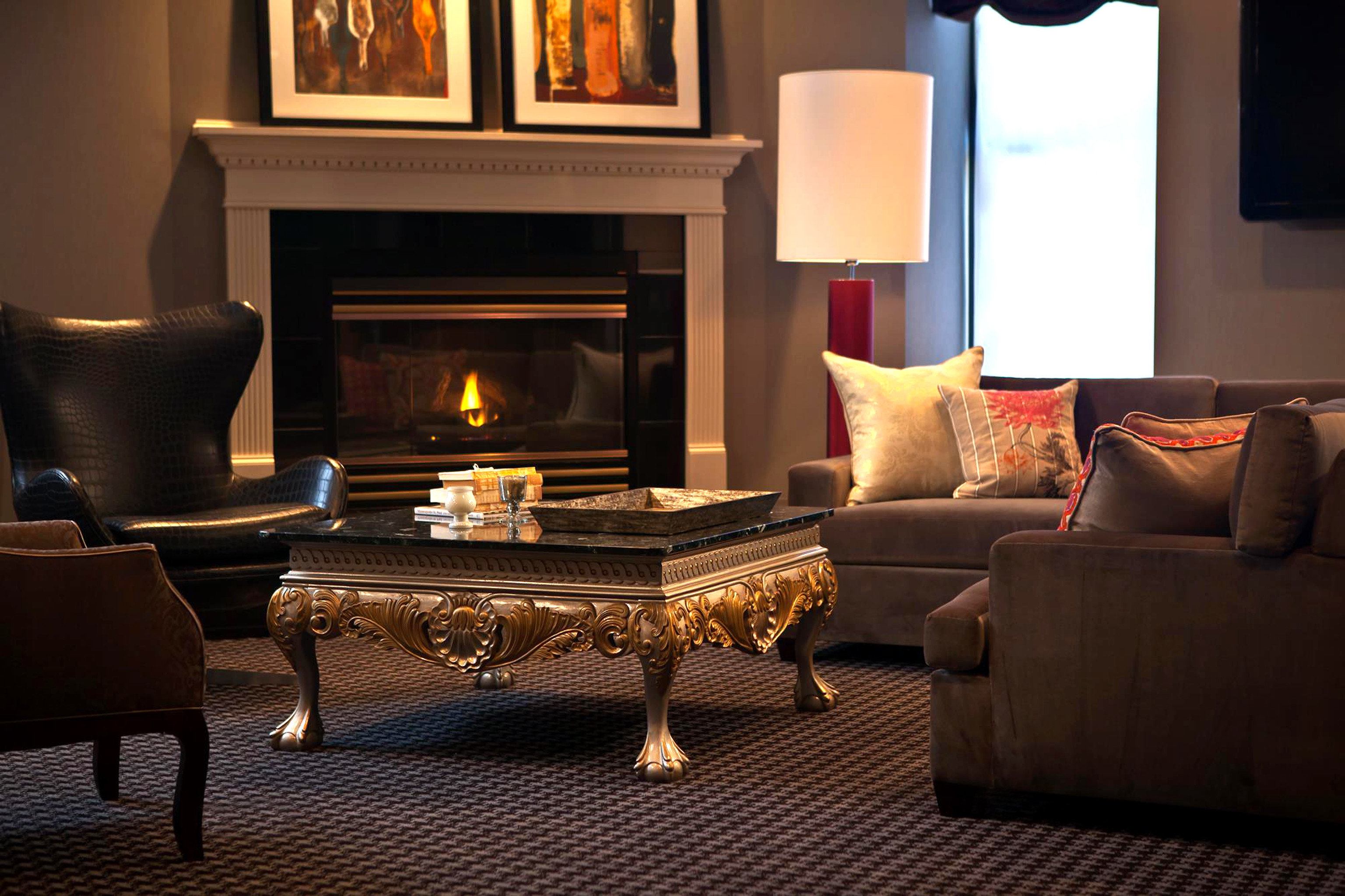 City Fireplace Modern sofa living room property hearth home hardwood Suite lighting cottage wood flooring leather