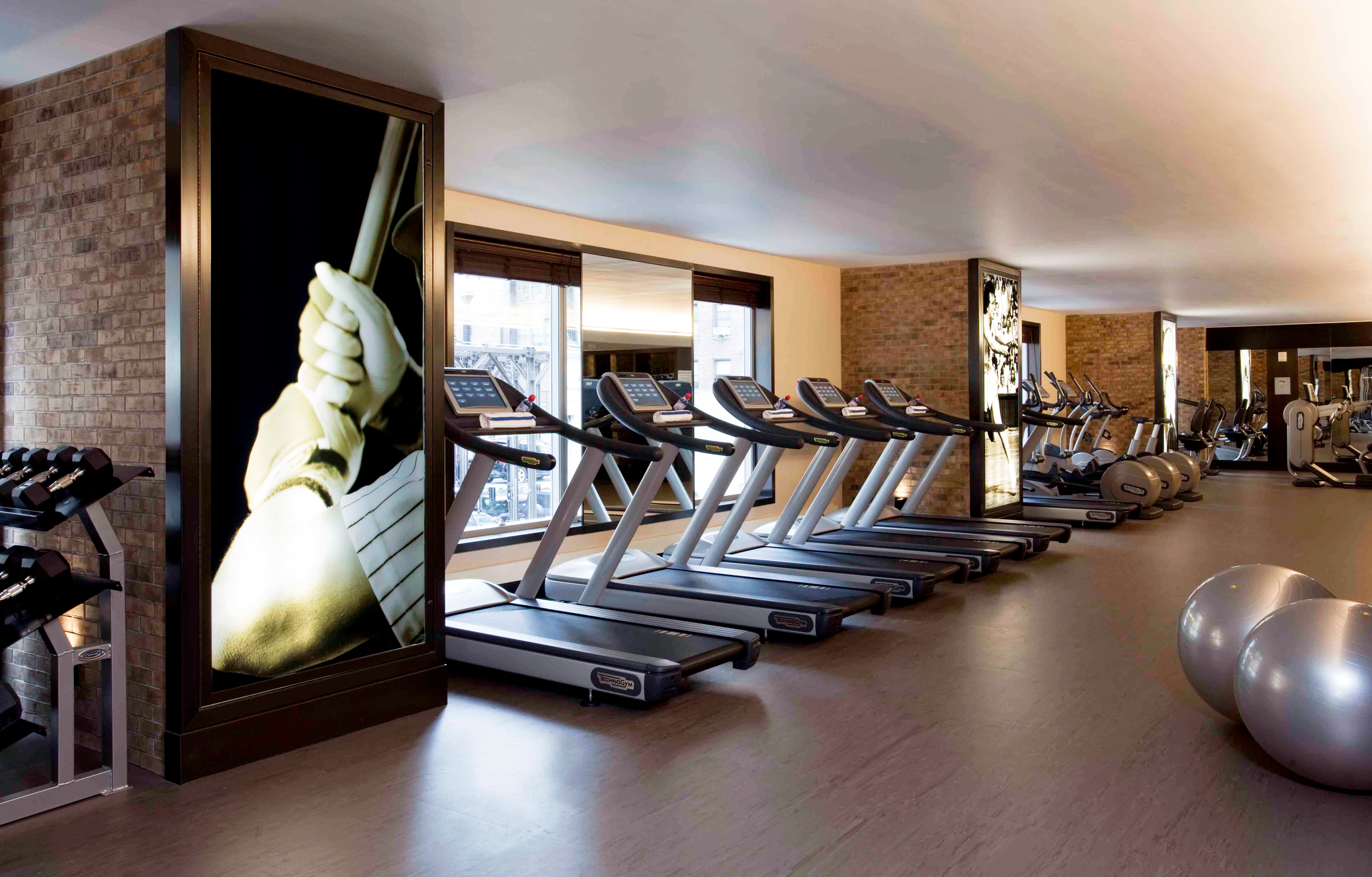 City Fitness Resort Sport Wellness structure sport venue gym living room