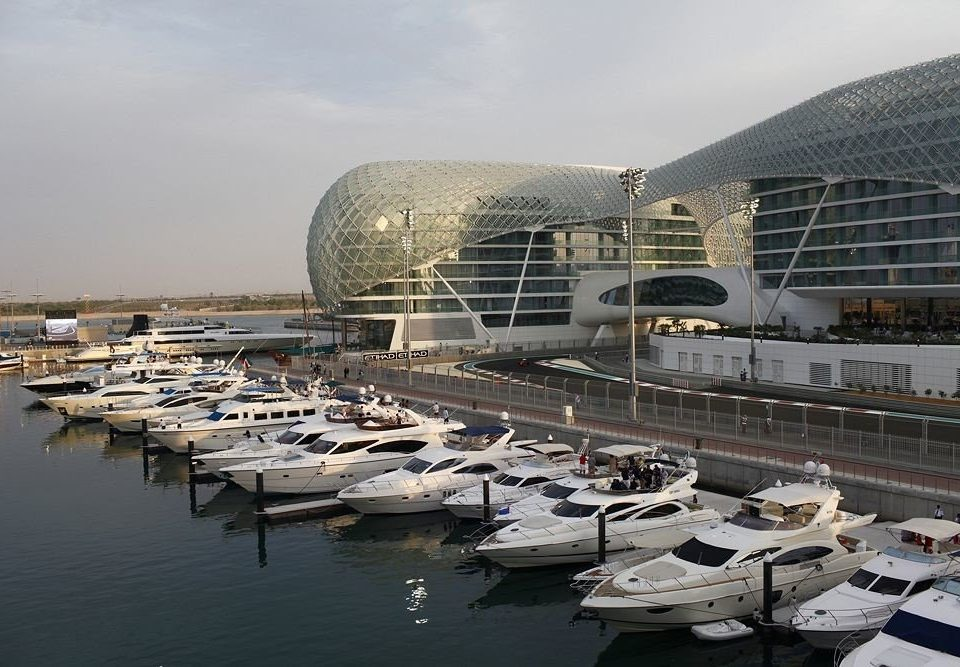 sky water structure marina dock City sport venue vehicle stadium infrastructure port Harbor arena Sea