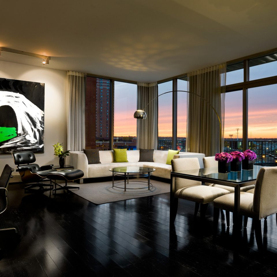 City Hip Lounge Modern Scenic views property living room Lobby condominium conference hall restaurant Suite convention center