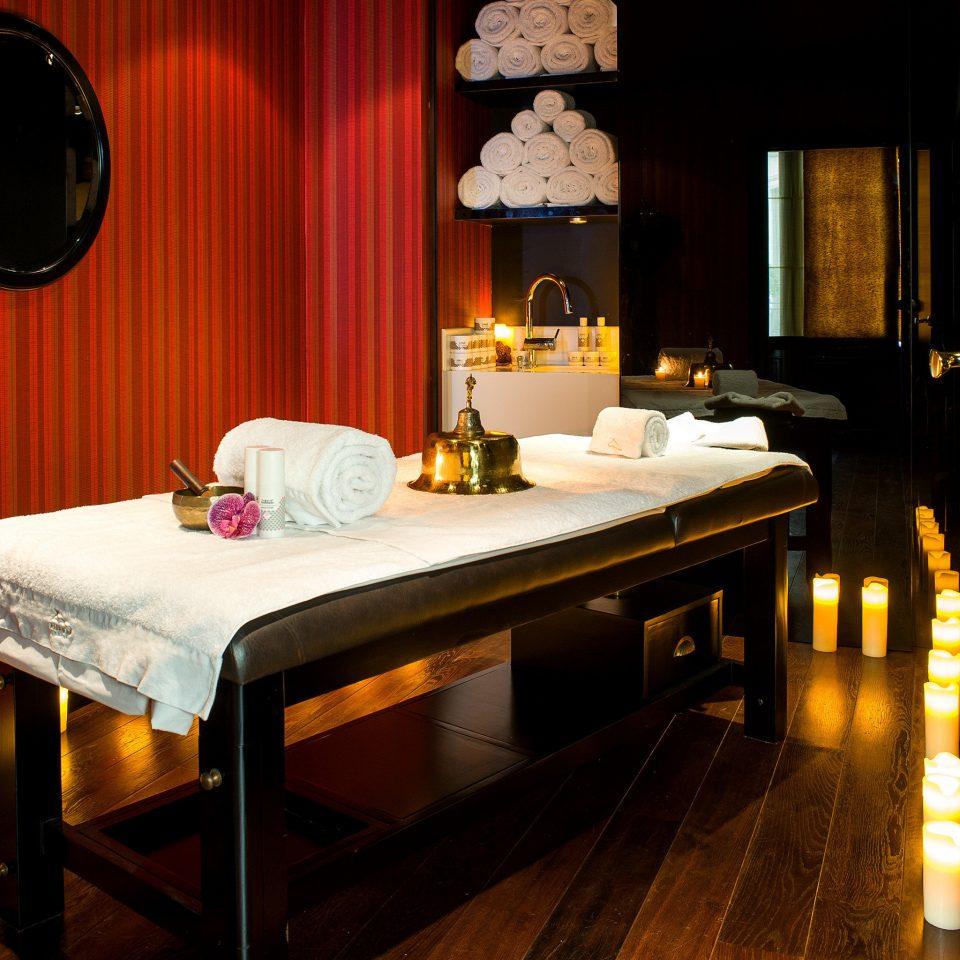 City Hip Luxury Romance Spa Wellness Suite hardwood living room wood flooring home