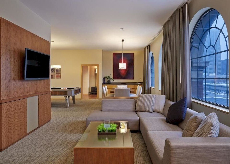 City Lounge property living room home condominium Suite hardwood Villa cottage Modern flat