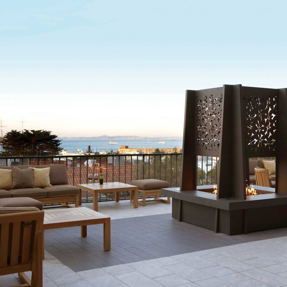 City Lounge Ocean Rooftop Scenic views sky property plaza Resort restaurant