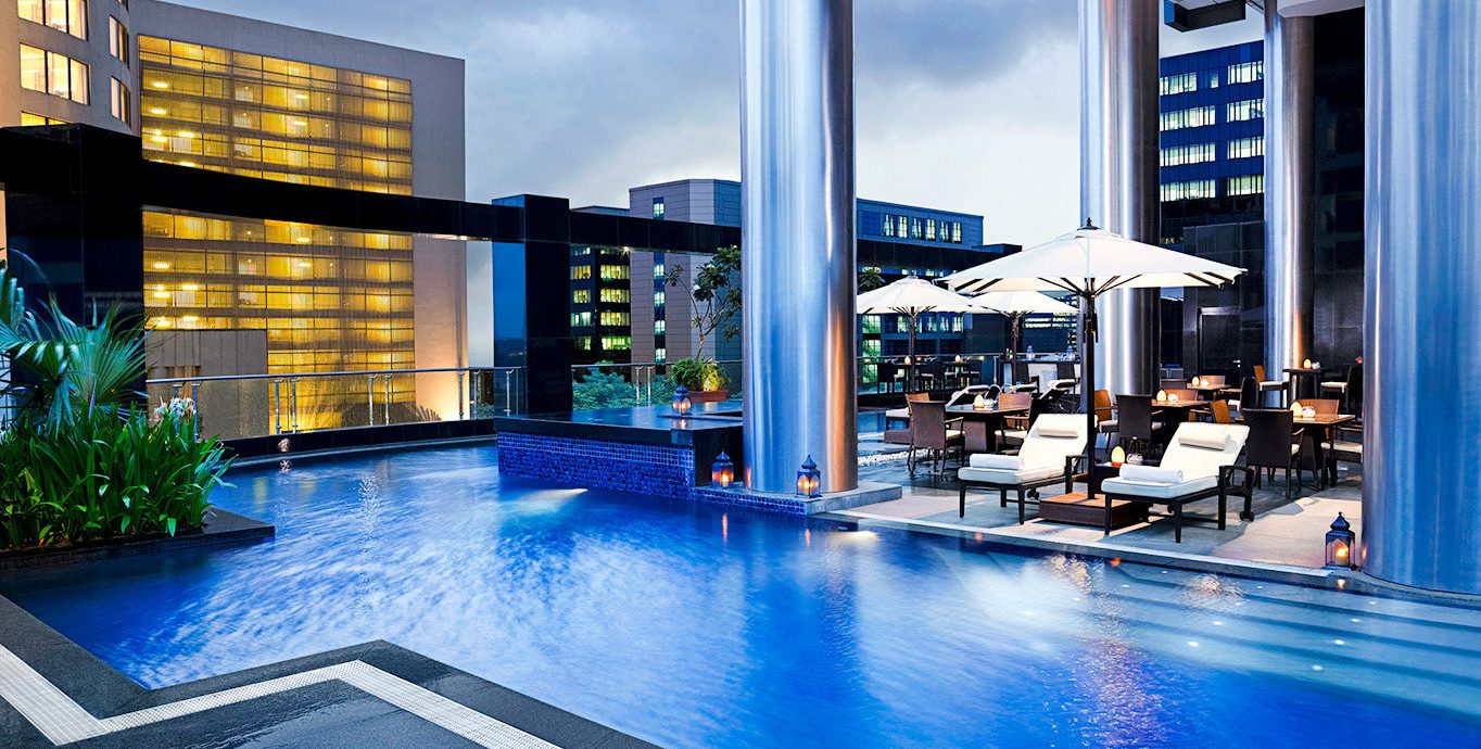 City Modern Outdoors Play Pool Resort Rooftop Scenic views building swimming pool leisure condominium property leisure centre home headquarters