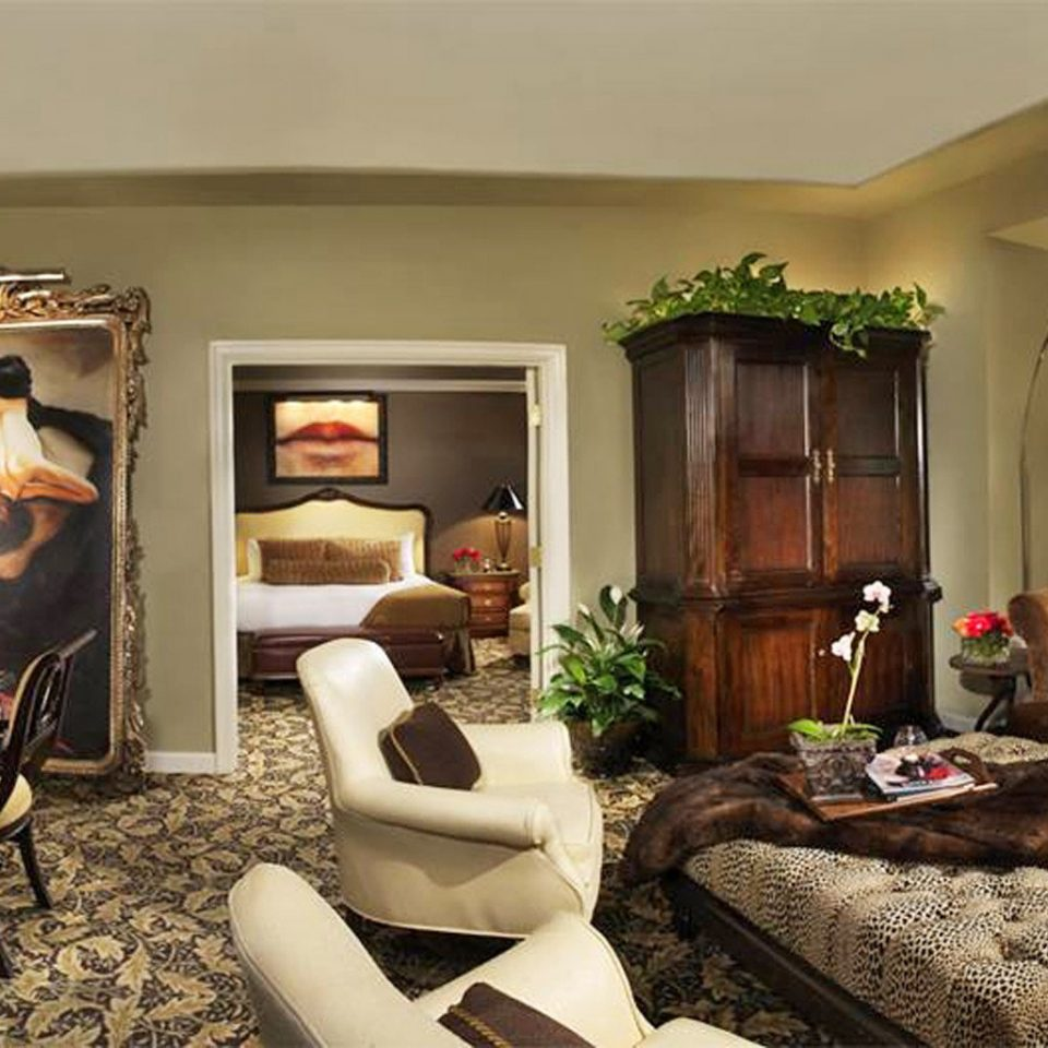 City Resort Suite sofa property living room home mansion cottage Villa