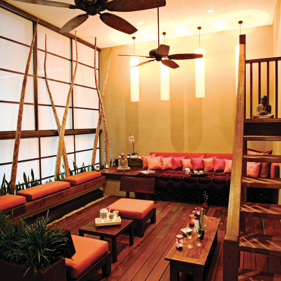 City Spa Wellness building restaurant