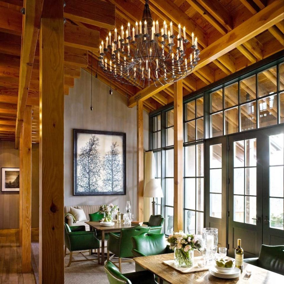 Classic Country Dining Drink Eat Luxury Rustic property living room home farmhouse lighting cottage porch dining table