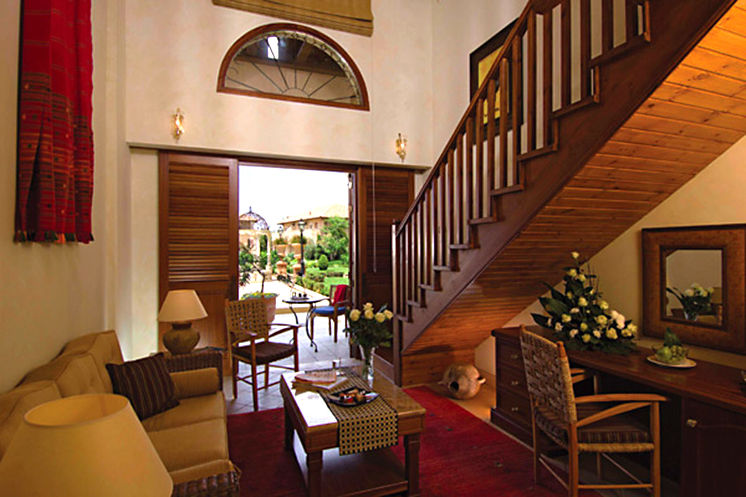 Classic Country Lounge Luxury property house living room home Dining mansion Villa Suite cottage Resort
