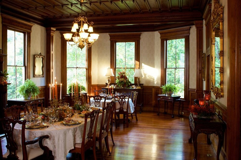 Classic Dining Drink Eat Historic building restaurant home palace mansion function hall ballroom dining table