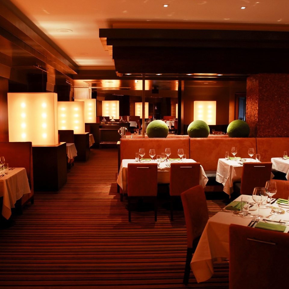 Classic Dining Drink Eat Resort restaurant function hall Lobby