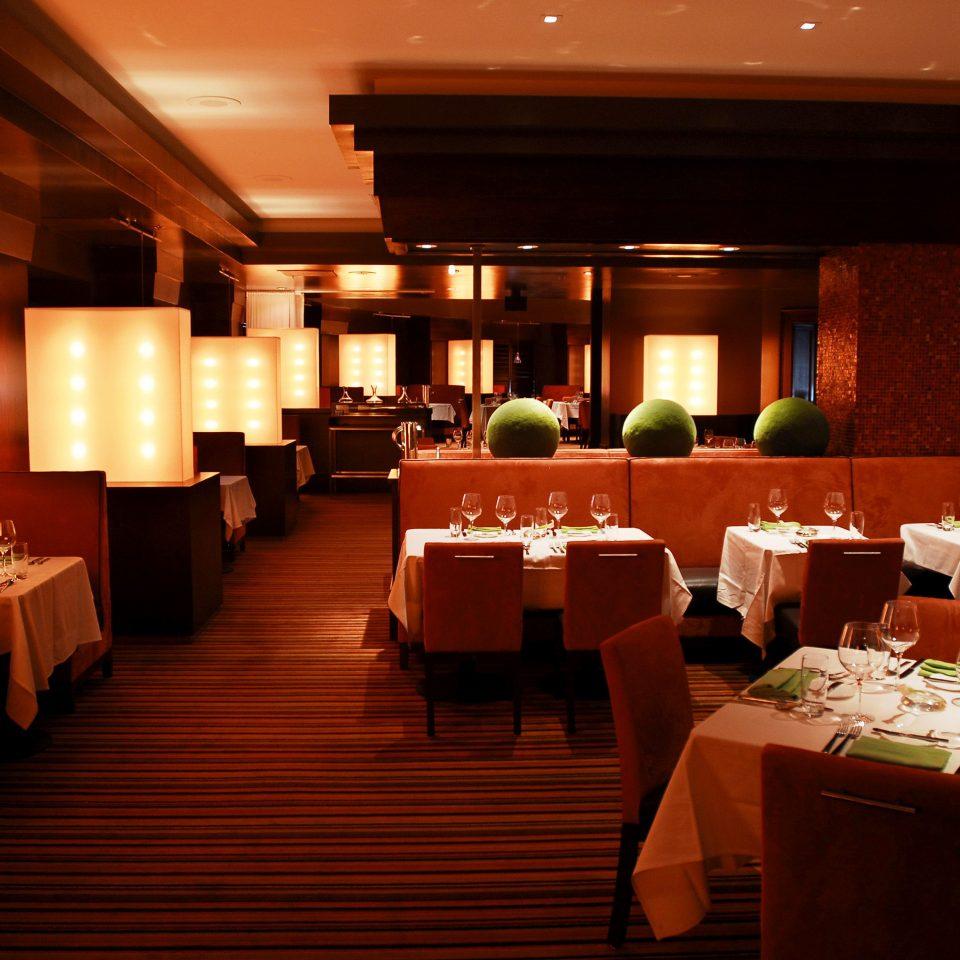 Classic Dining Drink Eat Resort restaurant function hall Lobby