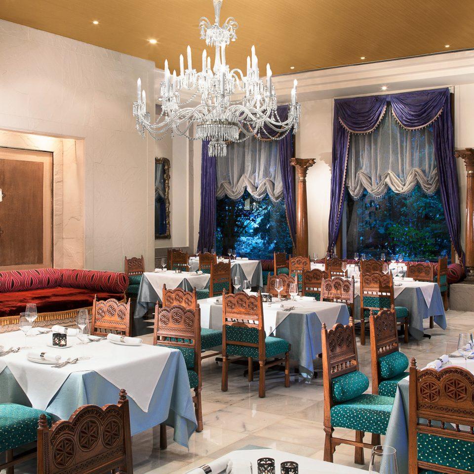 Classic Dining Drink Eat Elegant Luxury function hall restaurant ballroom Party wedding reception