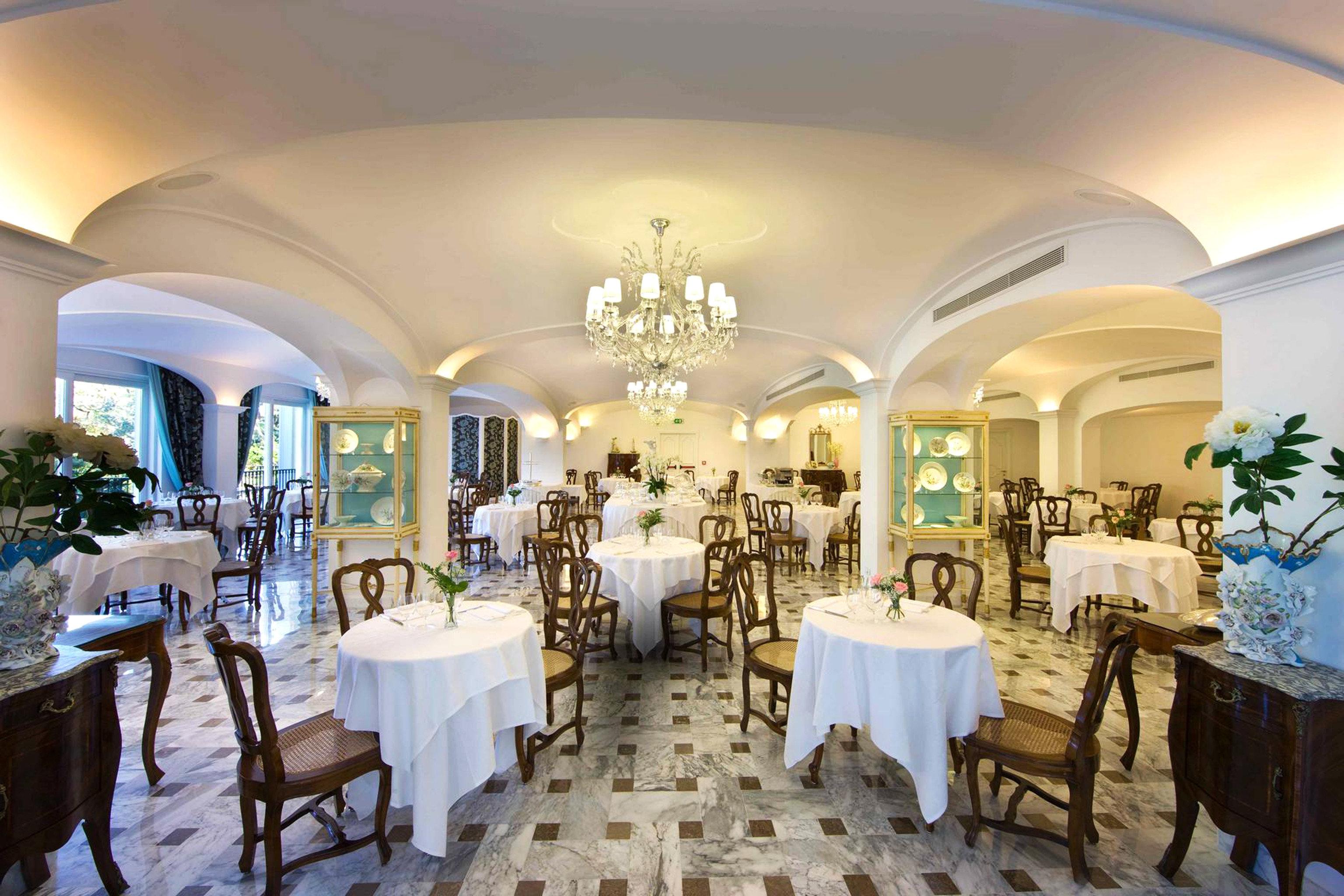 Classic Dining Eat Scenic views Sea function hall restaurant Resort ballroom convention center fancy