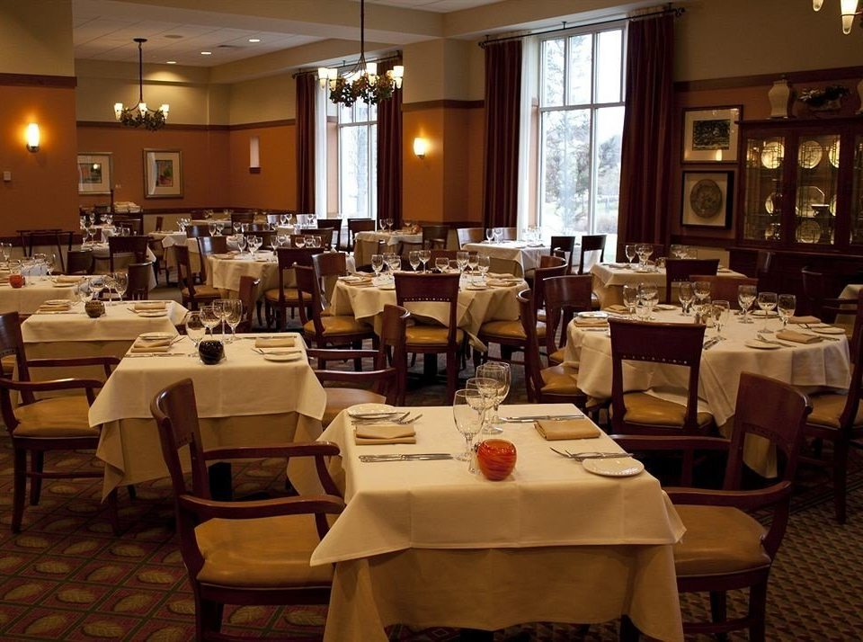 Classic Dining Family restaurant function hall café ballroom