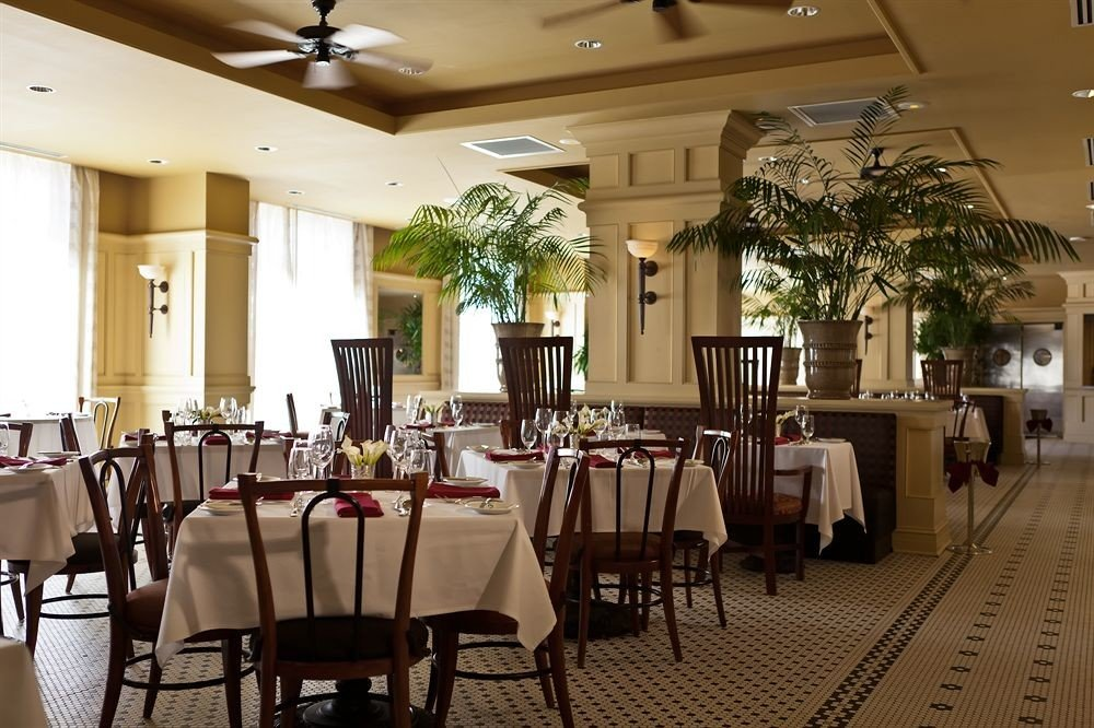 Classic Dining Family chair restaurant function hall Resort banquet ballroom Lobby café dining table