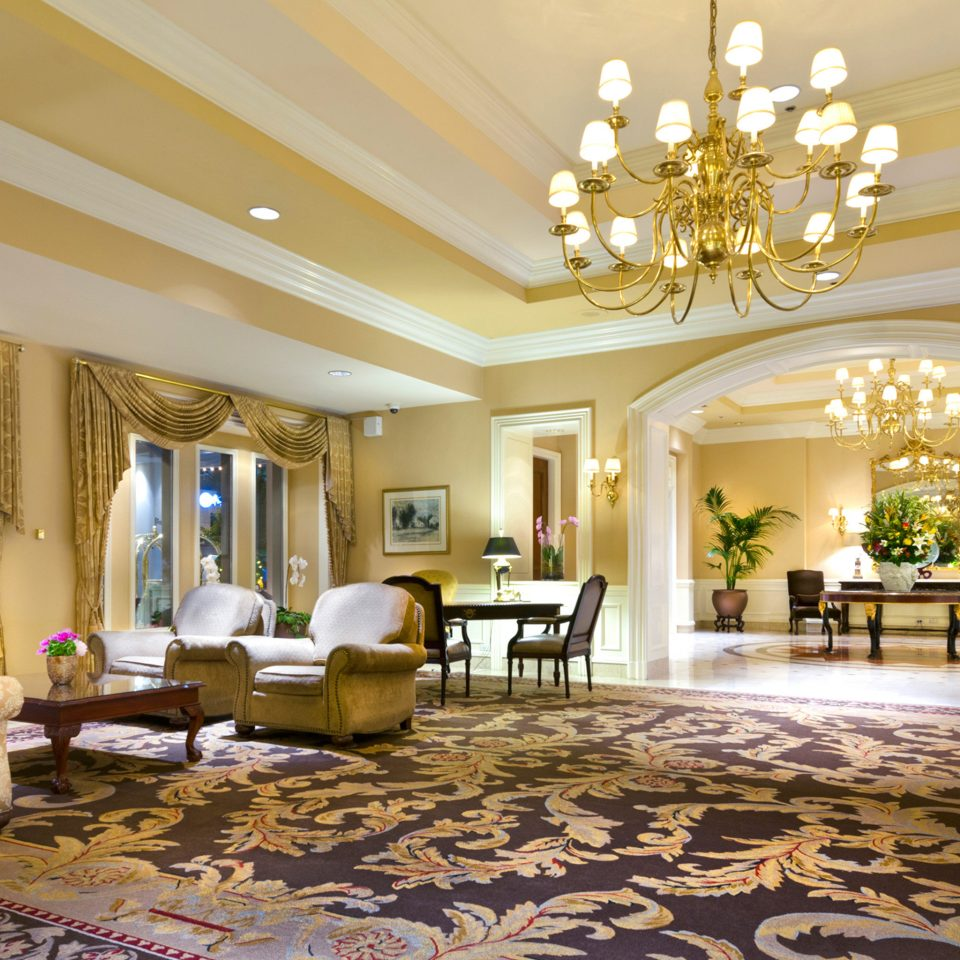 Classic Elegant Lobby Lounge Luxury living room property home mansion Suite condominium palace Villa fancy