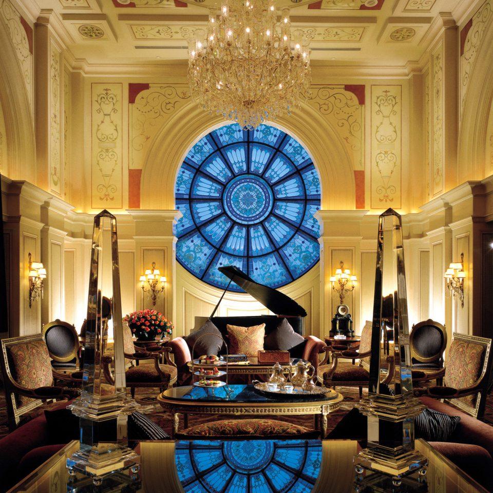 Classic Elegant Lobby Lounge Luxury building living room mansion lighting palace ballroom function hall