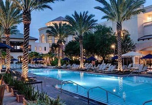 Classic Exterior Pool Resort tree swimming pool property palm leisure condominium Villa resort town blue caribbean eco hotel lined