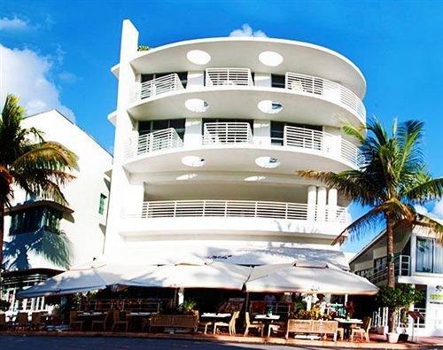 Classic Exterior sky building caribbean Resort marina passenger ship yacht condominium dock
