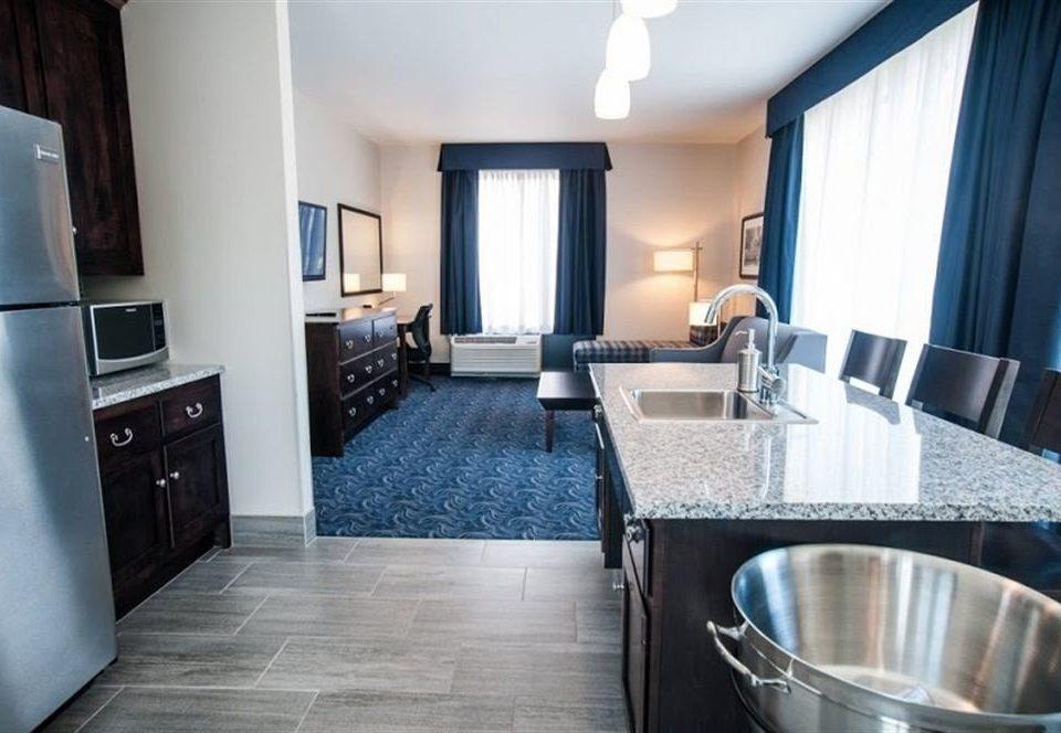 Classic Family property Kitchen Suite home cottage condominium