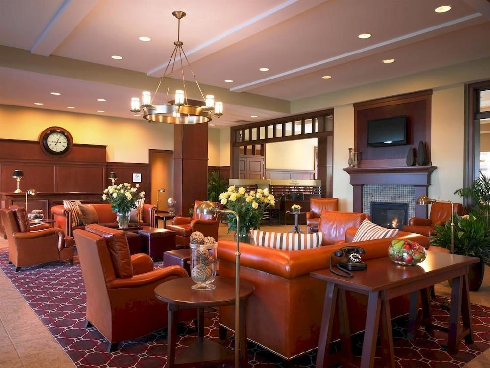 Classic Family Lounge property Lobby function hall restaurant recreation room Resort billiard room