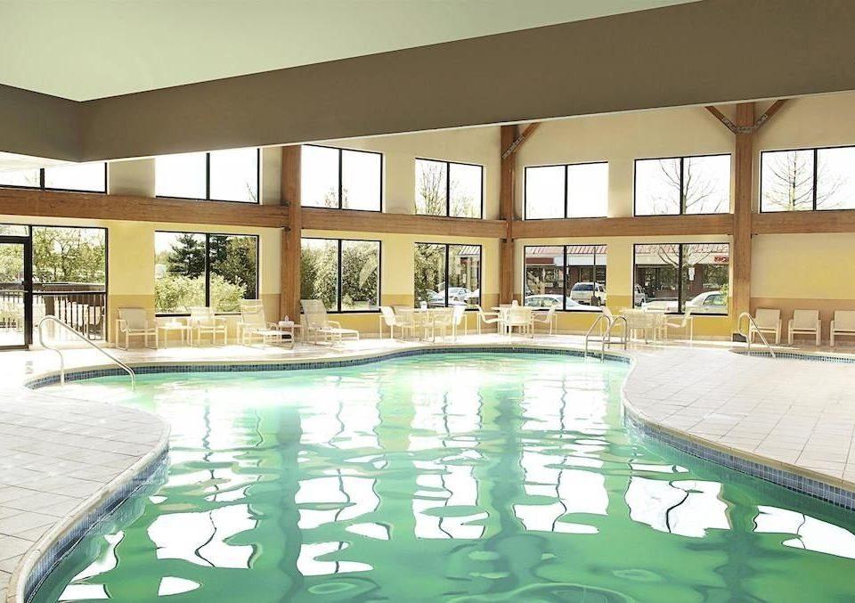 Classic Family Pool swimming pool property leisure condominium building Resort leisure centre plaza Villa backyard