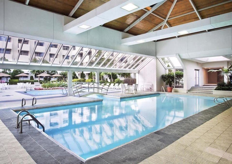 Classic Family Pool swimming pool property leisure building leisure centre condominium Resort mansion