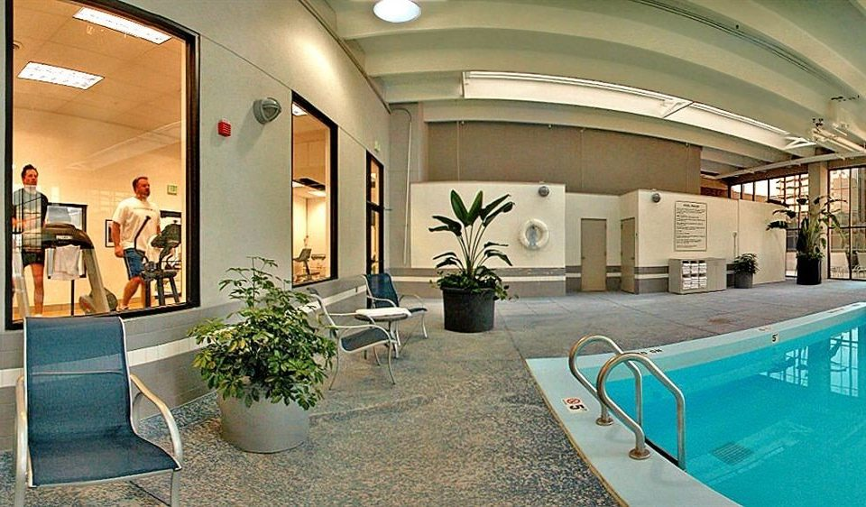 Classic Fitness Pool Resort leisure property building Lobby swimming pool condominium