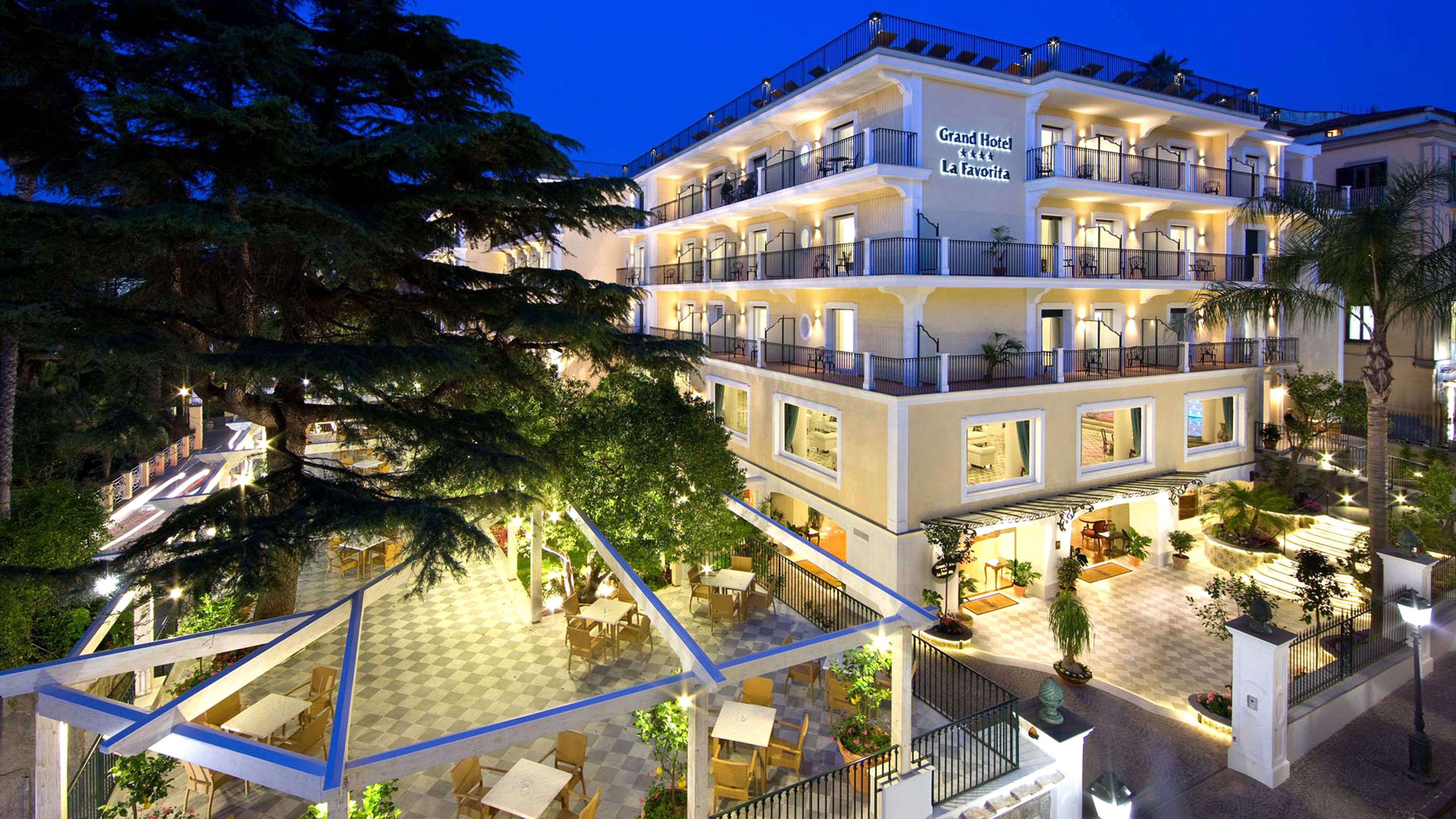 Classic Grounds Scenic views Sea landmark Town neighbourhood condominium plaza residential area Resort