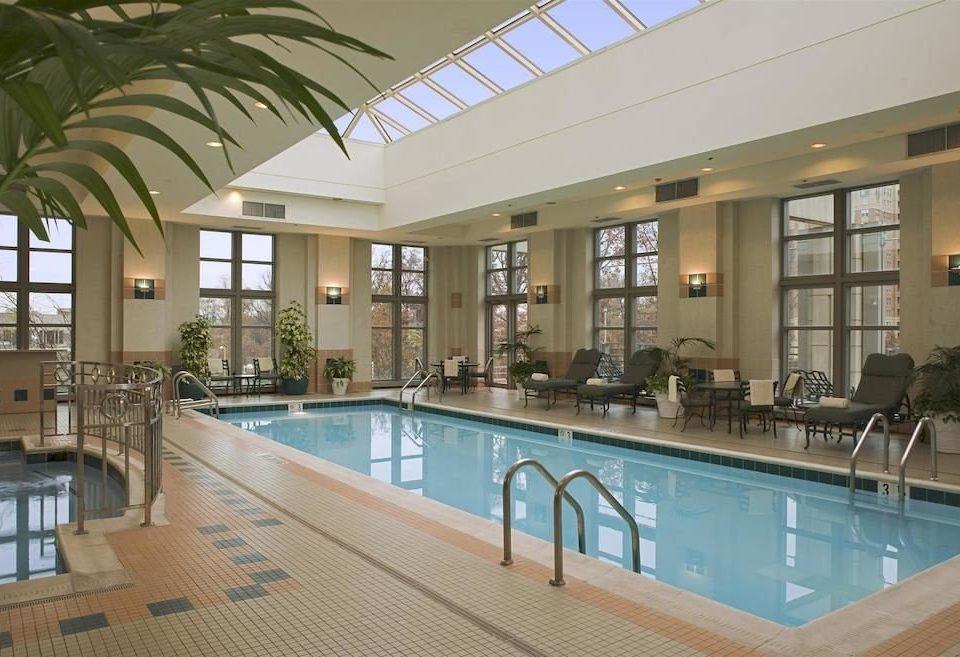 Classic Pool swimming pool condominium property leisure centre Resort Villa mansion Modern Island
