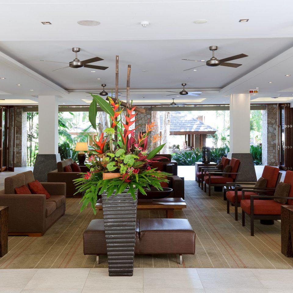 Classic Lobby Lounge Resort property condominium living room home Villa Suite