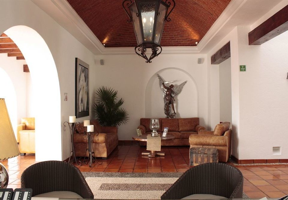 Classic Lobby Lounge Resort property chair living room home hardwood Villa cottage Suite hacienda