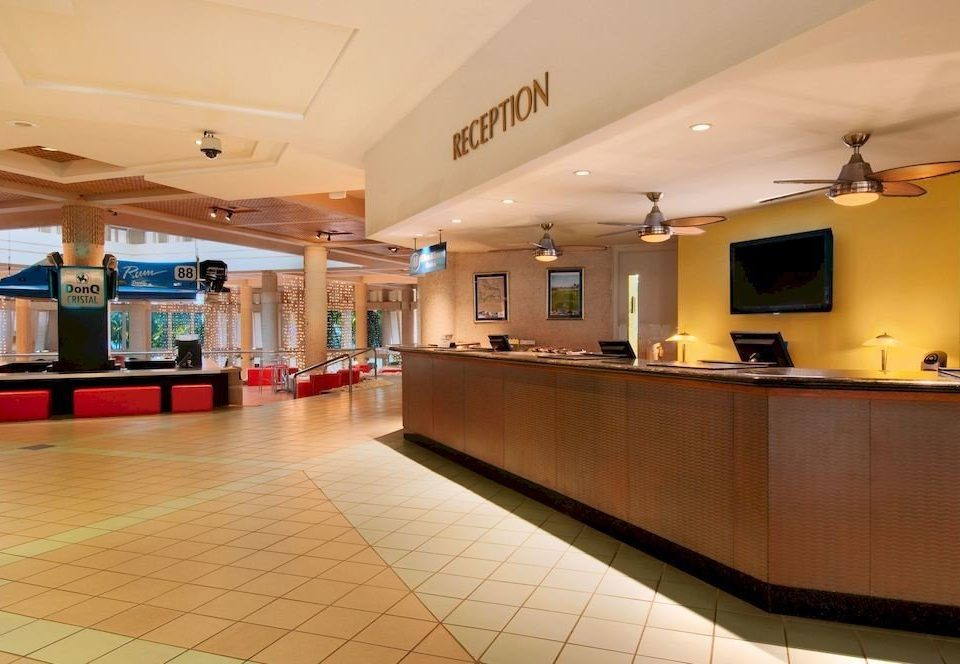 Classic Lobby Lounge Resort property recreation room function hall conference hall convention center receptionist counter