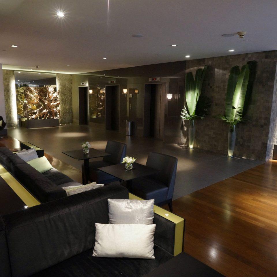 Classic Resort Lobby property living room restaurant Modern