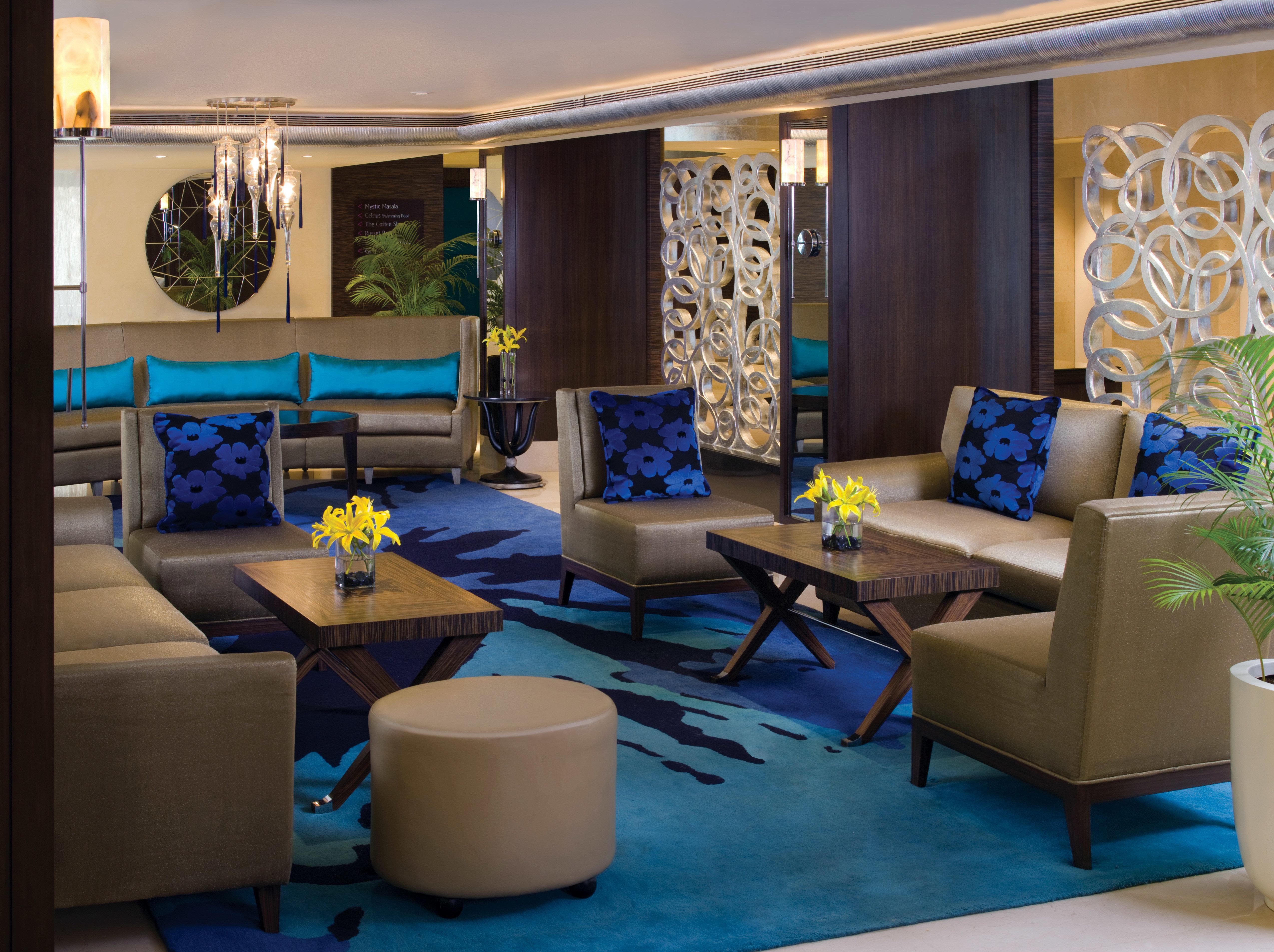 Classic Lounge Resort living room property home Suite condominium