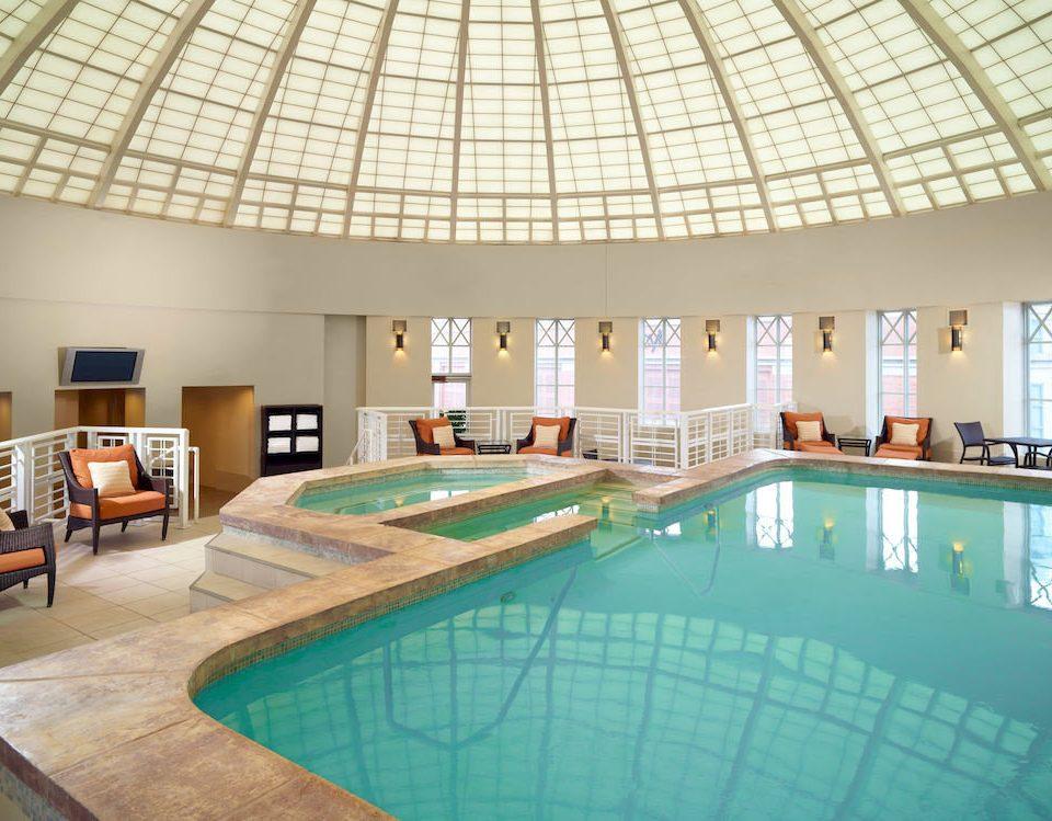 Classic Pool swimming pool property leisure building Resort leisure centre Villa condominium mansion