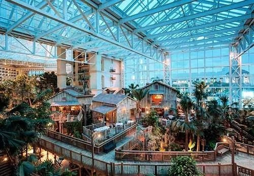 Classic Resort building greenhouse plaza outdoor structure ride