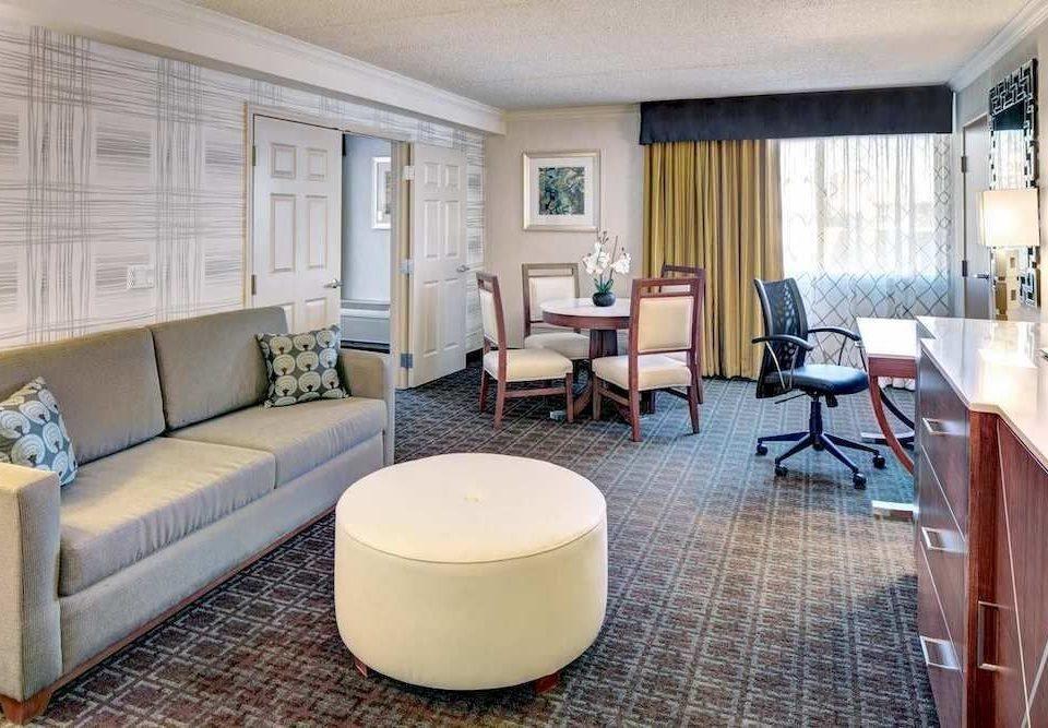 Classic Resort sofa property living room condominium Suite home cottage