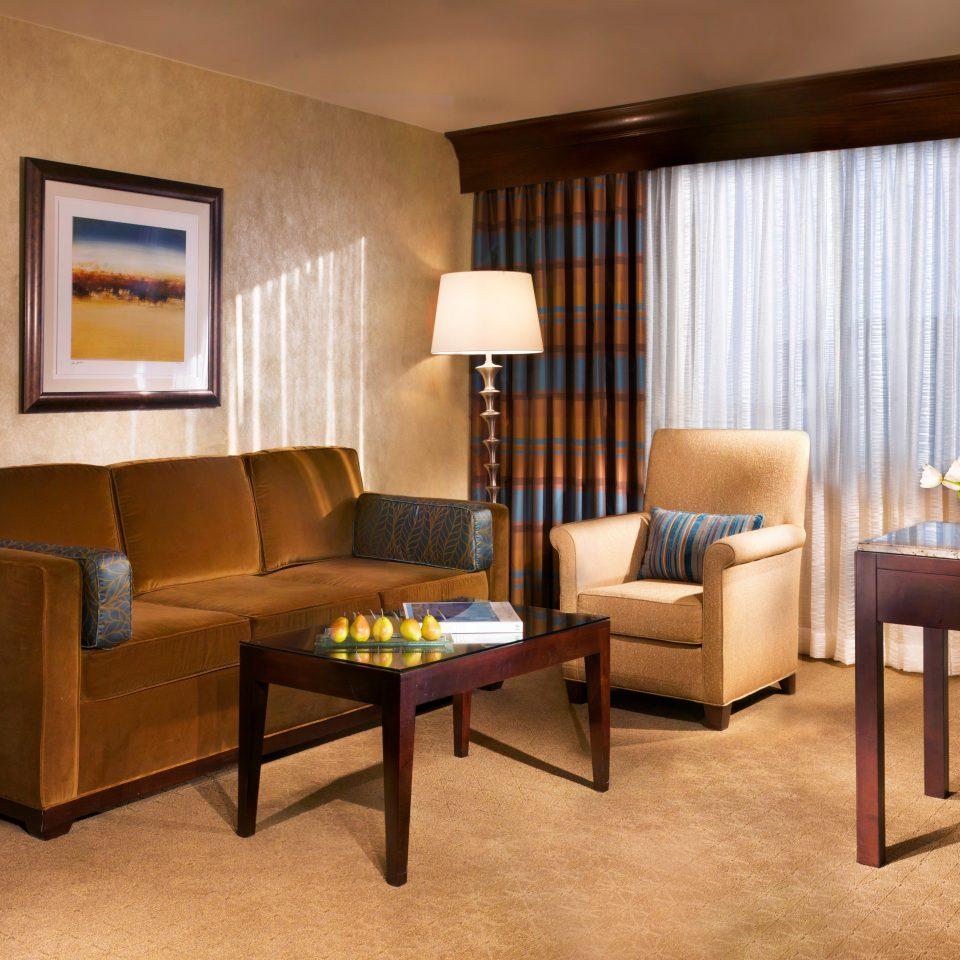 Classic Resort Suite chair property home Villa living room condominium cottage