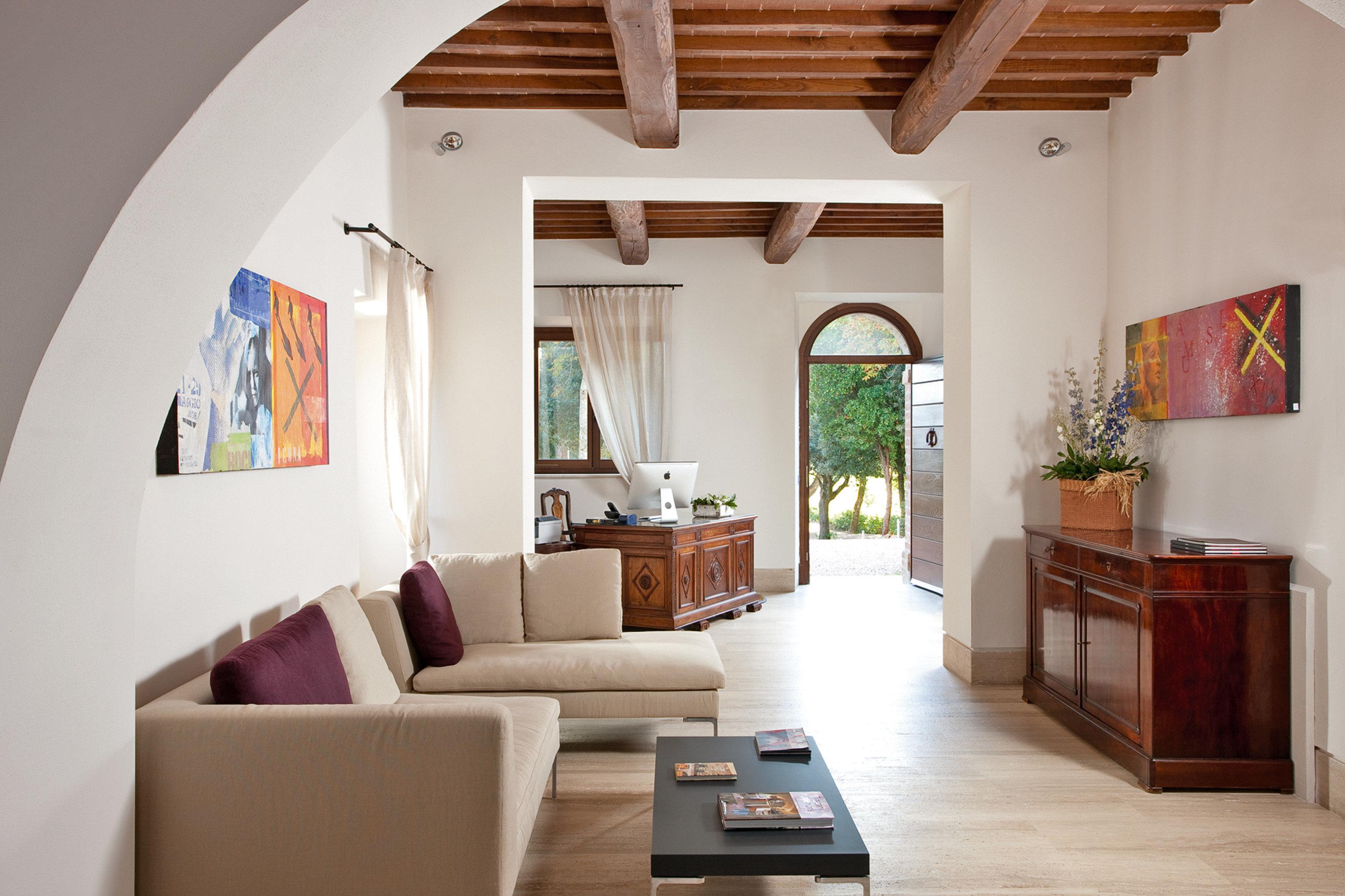 Classic Romance Romantic living room property house home hardwood cottage Villa farmhouse loft