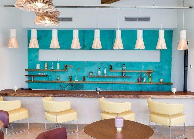 classroom restaurant living room