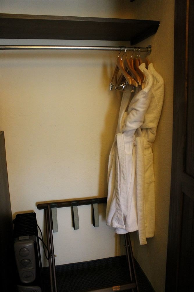house towel home rack closet
