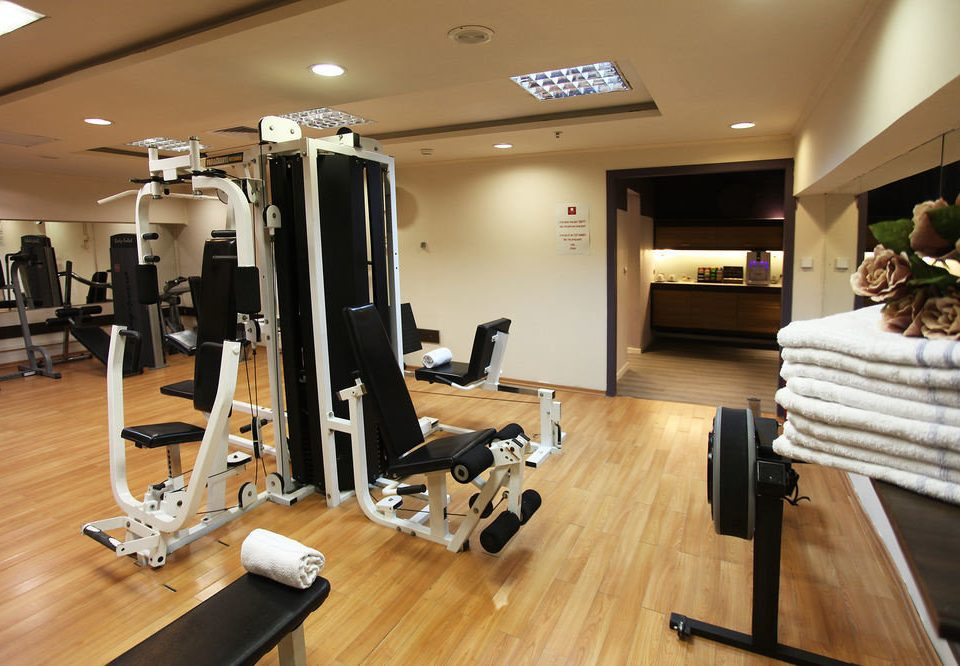structure sport venue gym condominium hard cluttered