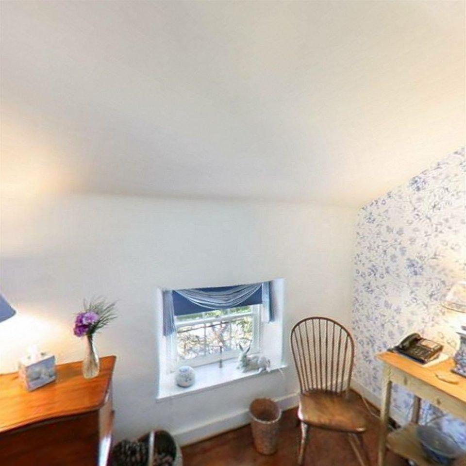 property living room home cottage cluttered