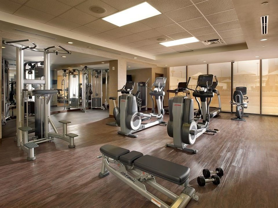 structure gym sport venue muscle physical fitness cluttered