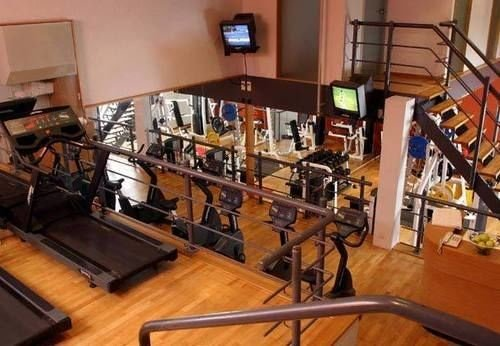 structure sport venue gym cluttered