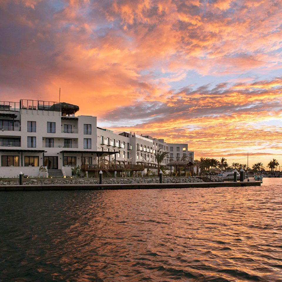 Exterior Grounds Sunset Waterfront water sky scene horizon cloud Sea dusk evening dawn cityscape morning River sunrise dock Harbor Coast waterway marina skyline