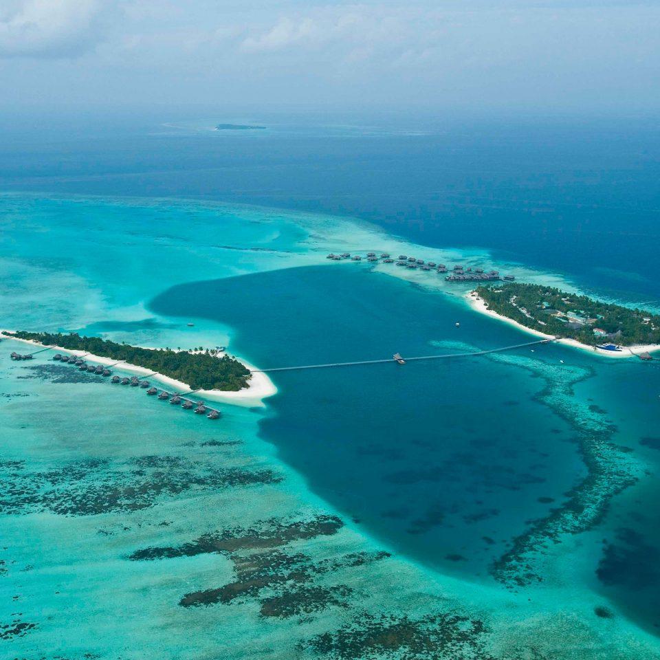 Hotels Ocean water sky reef Nature Sea archipelago Coast islet Island blue cape wind wave atoll arctic ocean day