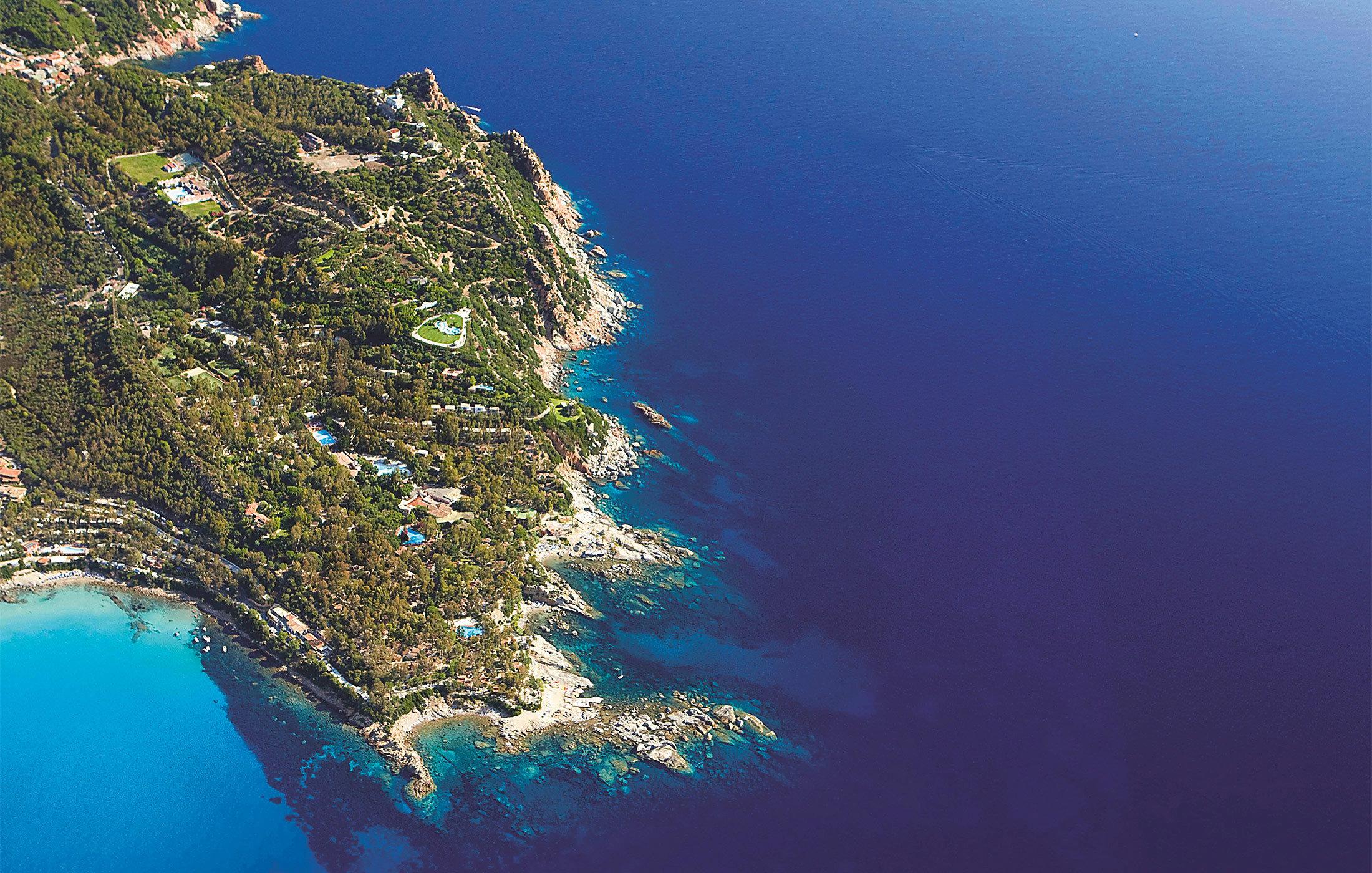 water Sea Nature archipelago Ocean reef Coast aerial photography atmosphere of earth islet Island vehicle underwater terrain cape hillside