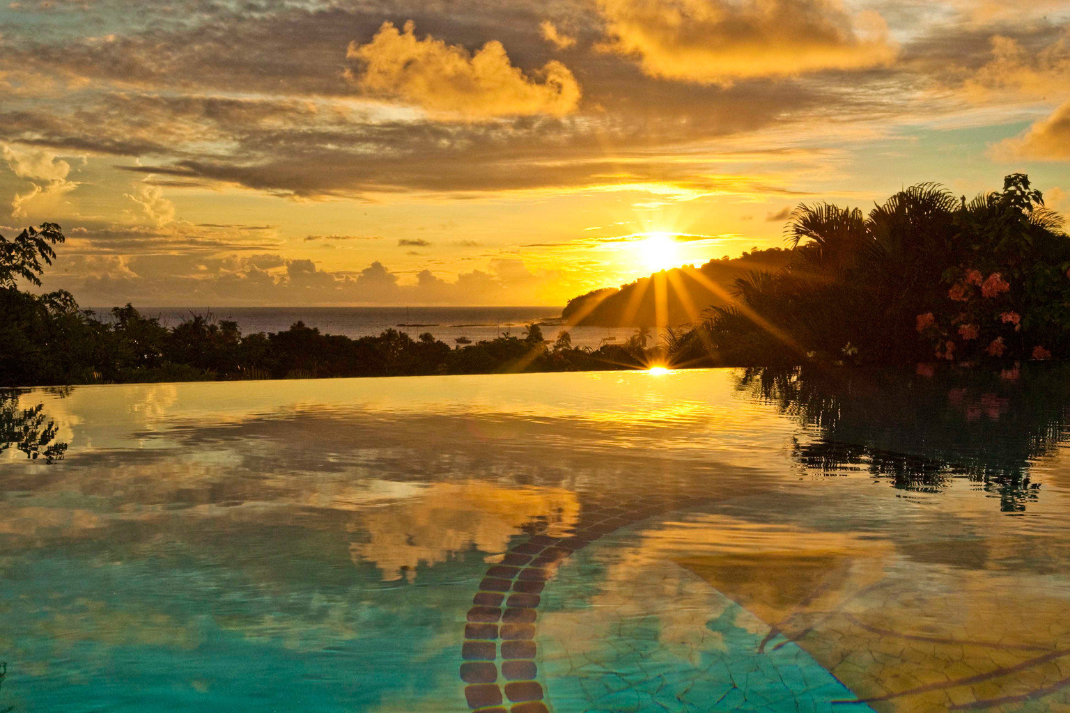 Luxury Pool Rustic Scenic views Tropical tree Sunset water Sun shore horizon Sea morning cloud sunlight evening Ocean setting Nature sunrise dusk Coast dawn computer wallpaper clouds